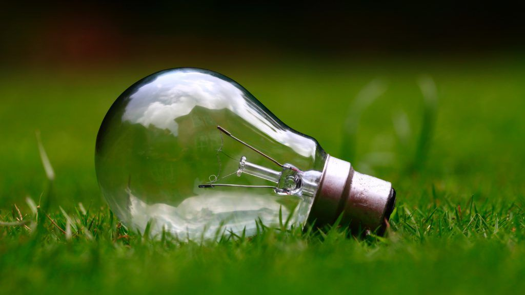 new light bulbs can save money on electric bill